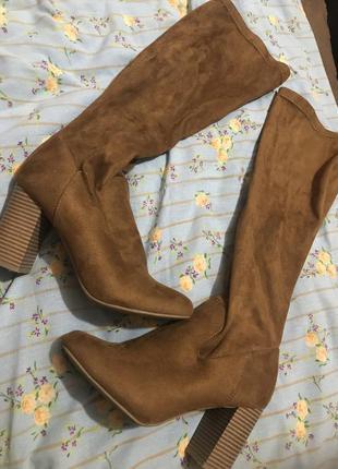 Высокие ботиночки, сапоги на каблуку