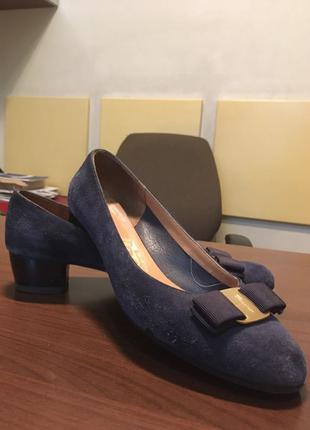 Туфли замшевые ,синие salvatore ferragamo