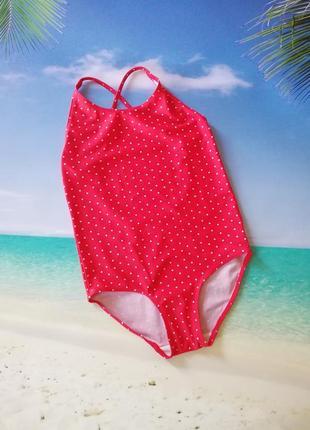 Красный сдельный купальник