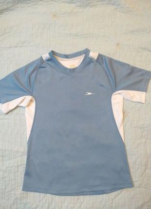 Спортивная футболка для мальчика 7-8 лет