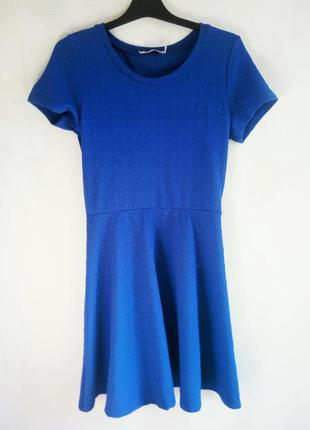 Синие платье цвета электрик