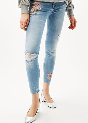 Крутые рваные вышитые джинсы стрейч в краске слим скинни от be...