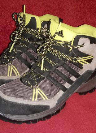 Классные ботинки Adidas (р.39-39,5)