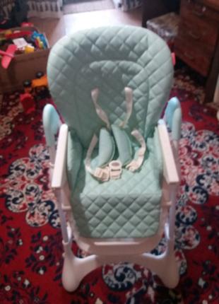Продам детский стульчик carrello.