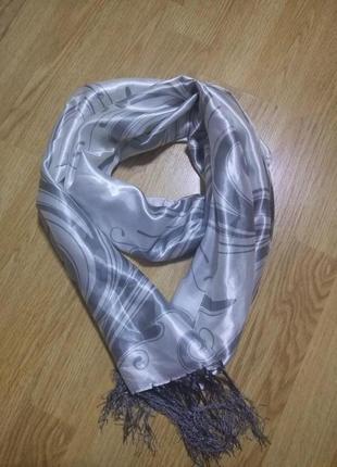 Атласный шарф,палантин,платок с бахрамой
