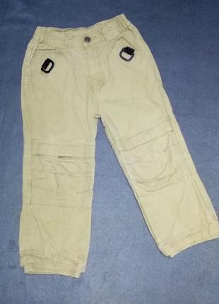Штаны,брюки хаки для двора.5 лет