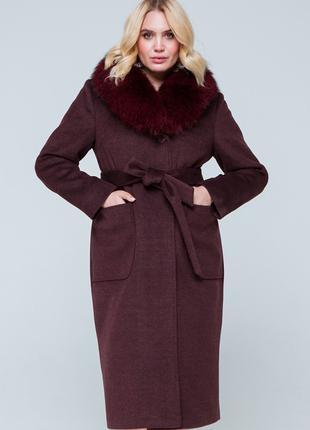 Утепленное зимнее пальто с мехом песца большие размеры