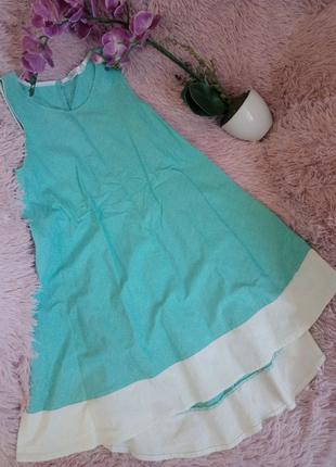 Летнее платье с удлиненным задом