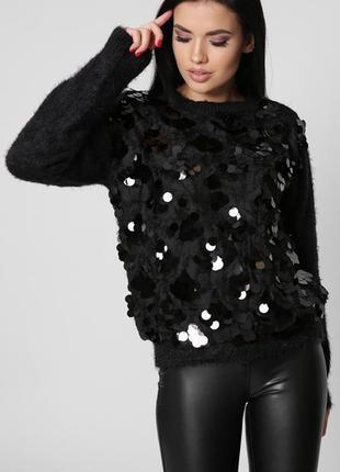 Модный свитер в черном или белом цвете универсальный размер 42-46