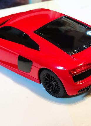 Машинка на радиоуправлении Audi R8 Rastar