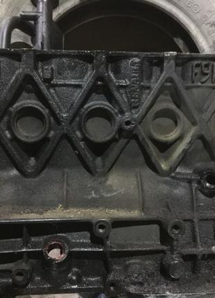 Блок Двигуна Рено Меган 2