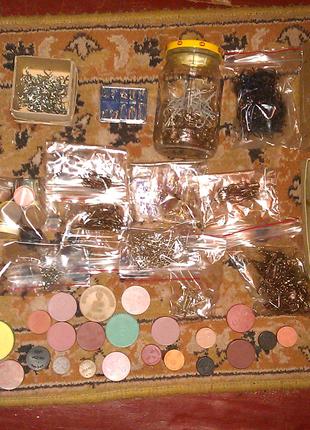 Рыболовные крючки разных видов и размера