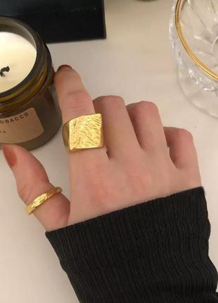 Кольцо серебро 925 проба, перстень цвет золото