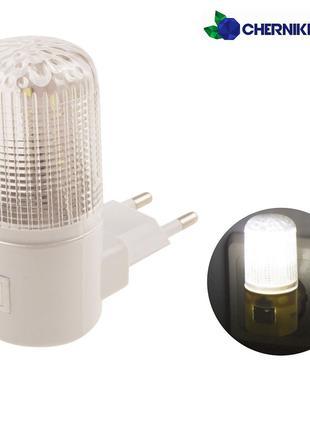 Экономный светильник ночник светодиодный в розетку LED с выключат