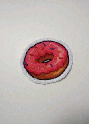 Тканевая нашивка пончик.