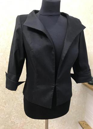 Пиджак чёрный классика
