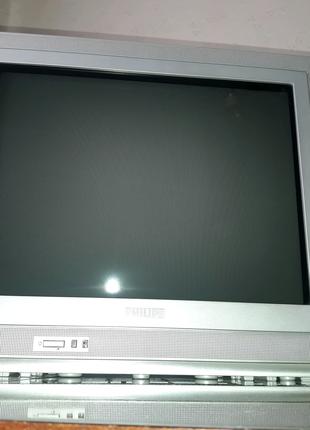 Телевизор Philips со встроенным радио производства Польши