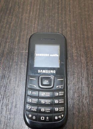 Мобильный телефон Samsung E1200i