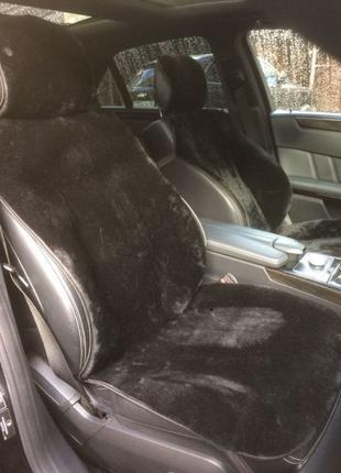 Накидка на сиденье автомобиля из натурального меха овчины муто...