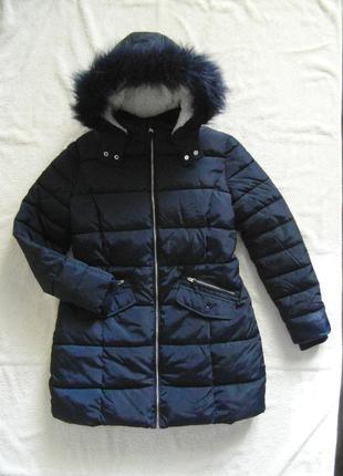 Зимняя куртка на 13-16 лет , очень теплая на меховой подкладке