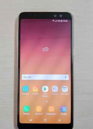 Смартфон Samsung Galaxy A8 A530F 4/32 Gold