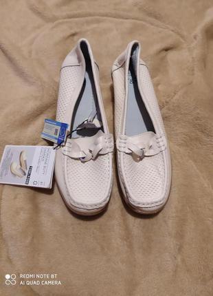Продам новые женские мокасины кожаные туфли балетки Tom&Rose 41