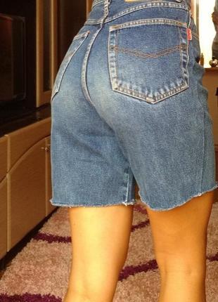 Винтажные джинсовые мом шорты с необработанными краями xs