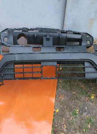 Бампер передний нижняя часть Suzuki NEWSX4 2020 б/у 7172164r005pk