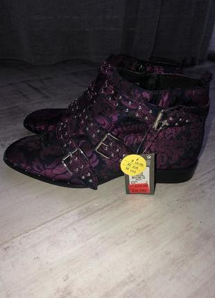 Распродажа!!!новые моднячие ботинки primark.женские ботинки деми.