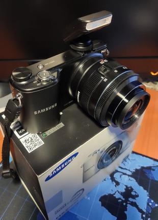 Цифровой фотоаппарат Samsung nx2000 (APS-C)