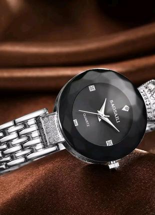 Женские часы наручные кварцевые