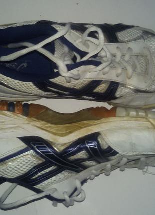 Спортивные кроссовки-футзалки ASICS