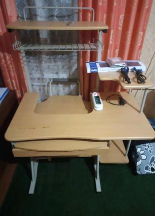 Компьютерный столик