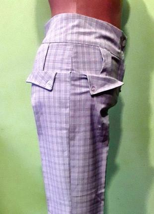 Серые класические брюки  штаны в клетку