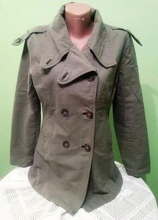 Пиджак хаки в стиле милитари