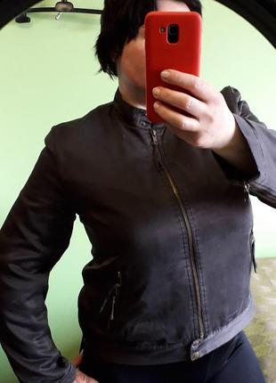 Весенняя куртка из натурального шелка 14-16 размер
