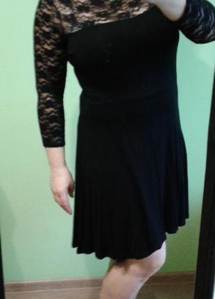 Черное платье с гипюром 10,12, 14 размер