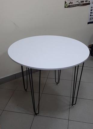 Стол обеденный ,стол кухонный