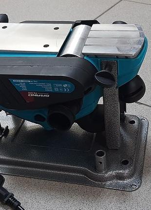 Рубанок GRAND РЭ-1050 Вт. Электрорубанок с переворотом Чехия