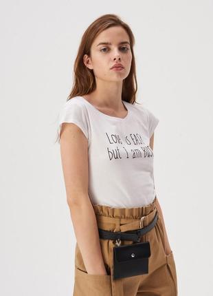 Новая белая футболка sinsay любовь проста но я занята xs l xl
