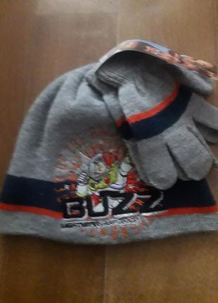 Шапка, рукавички