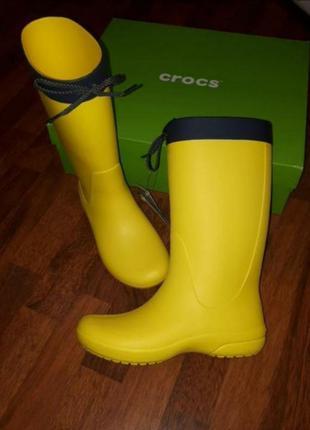 Резиновые сапоги crocs w7