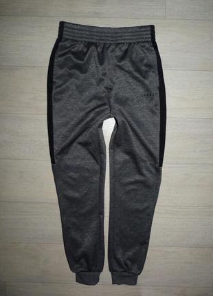 Спортитвные штаны mckenzie  9-10 лет