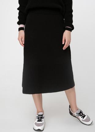 Черная вязаная юбка Sewel