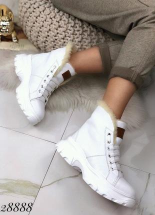 Ботинки зимние UGG 38