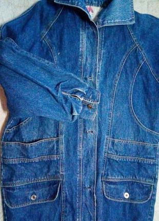 Женская джинсовая куртка или кардиган