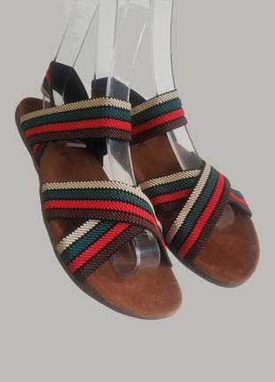 Босоножки на резинке шлепанцы сандалии на плоской подошве эко ...