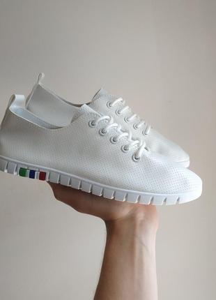 Белые белоснежные кроссовки кеды эко - кожа летние легкие кеды...