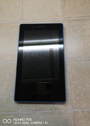 Планшет lenovo tab 3 Essential 710L