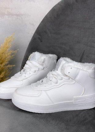 Детские зимние кроссовки